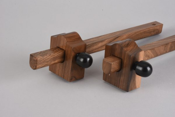 Walnut Gauge